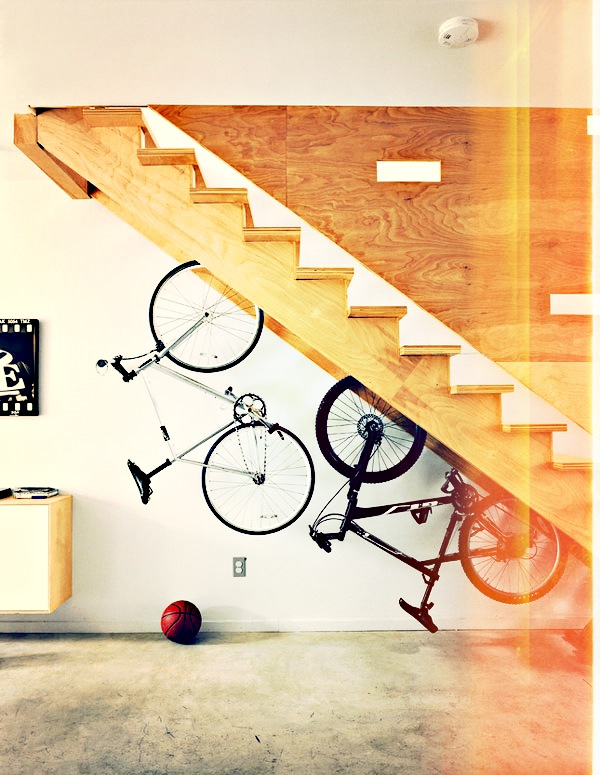 storage-space-stairs-23