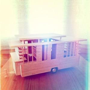 dachfenster zum hochklappen. Black Bedroom Furniture Sets. Home Design Ideas